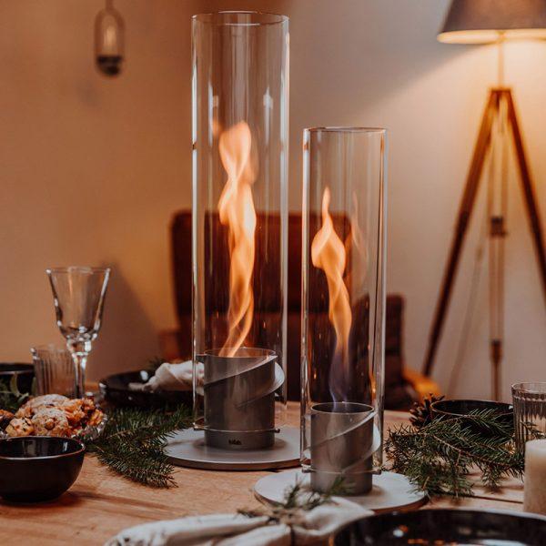 Höfats Spin Eldlykta 120 och 90 grå brinner på julbord