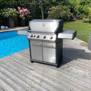 Bluegaz X1 Premium Classic Gasolgrill vid pool