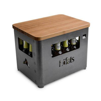 Höfats Board ovanpå Beer Box som är fylld med öl